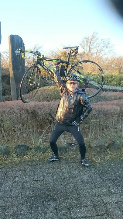 サイクリストっぽい写真撮っぺ、んだんだ