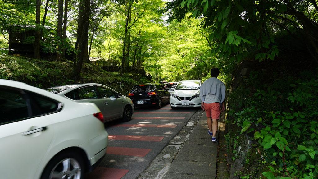 日光東照宮への道