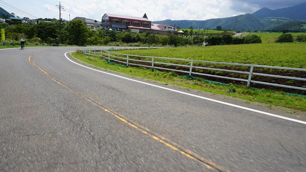 大笹牧場への道