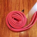 Vittoriaのラテックスチューブ。鮮やかなピンク色